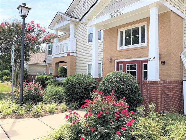 12329 Copper Mountain Boulevard, Charlotte, NC 28277 (#3521590) :: Roby Realty