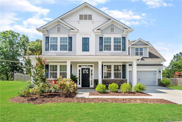15505 Foreleigh Road, Huntersville, NC 28078 (#3527499) :: MartinGroup Properties