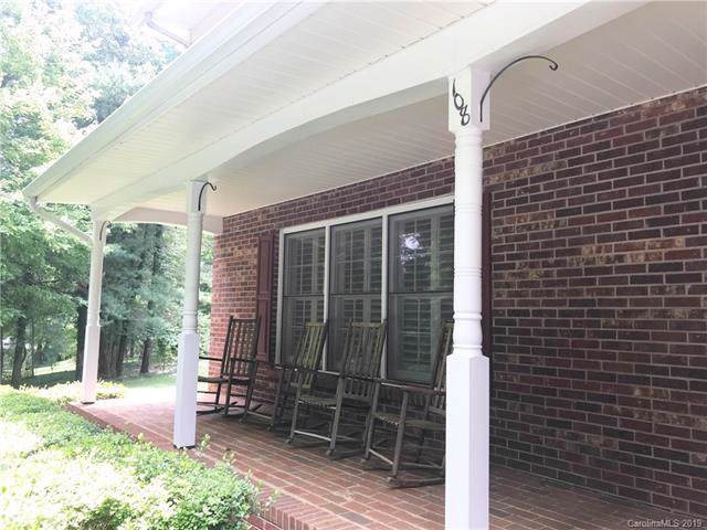 108 La Bellevue Street, Morganton, NC 28655 (#3529524) :: Robert Greene Real Estate, Inc.