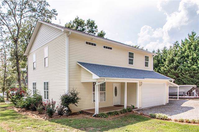 2697 Westview Drive, Sherrills Ford, NC 28673 (#3535151) :: LePage Johnson Realty Group, LLC