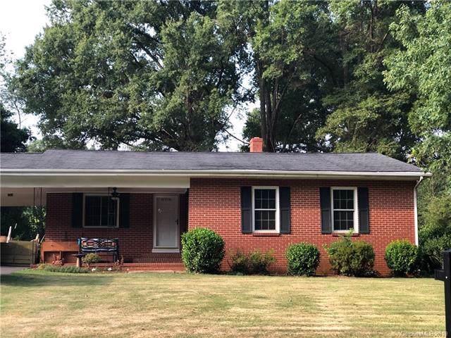 21216 Cornelius Street, Cornelius, NC 28031 (#3538938) :: LePage Johnson Realty Group, LLC