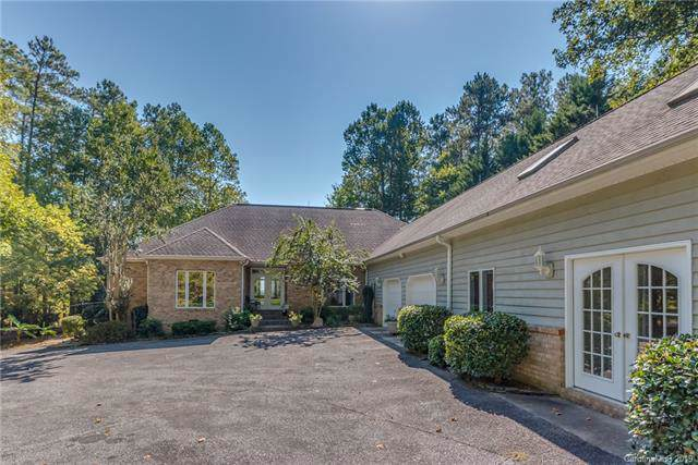 21 Foxwood Drive, Tryon, NC 28782 (#3557727) :: Keller Williams Professionals
