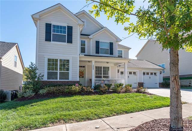 10504 Blackstone Drive, Huntersville, NC 28078 (#3562778) :: MartinGroup Properties