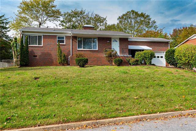 418 8th Street Drive SW, Hickory, NC 28602 (#3567254) :: Washburn Real Estate