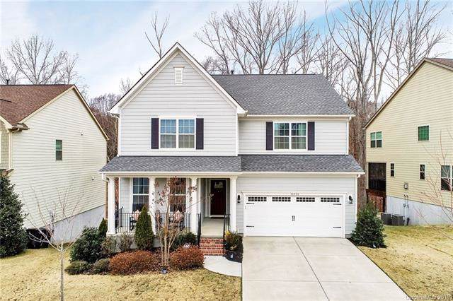 15334 Oleander Drive, Charlotte, NC 28278 (#3573246) :: Besecker Homes Team