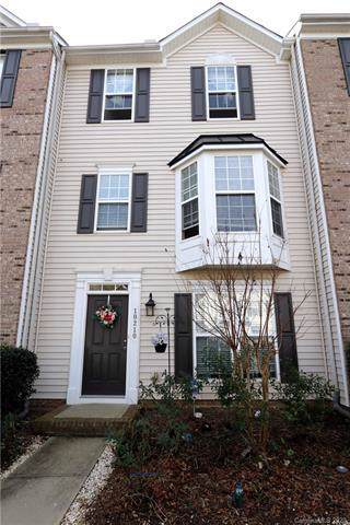 10210 Alexander Martin Avenue, Charlotte, NC 28277 (#3578639) :: Homes with Keeley | RE/MAX Executive