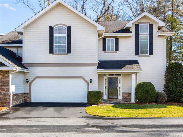 67 Towne Place Drive, Hendersonville, NC 28792 (#3579624) :: LePage Johnson Realty Group, LLC