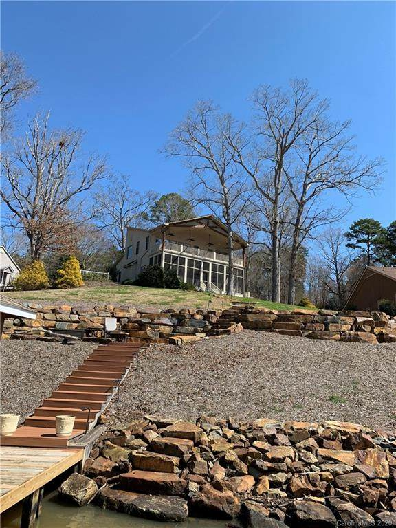312 Fiddlers Ghost Circle, Mount Gilead, NC 27306 (#3603323) :: Rowena Patton's All-Star Powerhouse