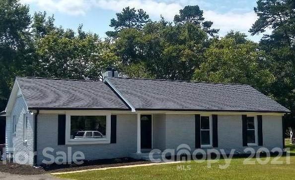 6907 Pawtuckett Road #15, Charlotte, NC 28214 (#3737455) :: Carver Pressley, REALTORS®