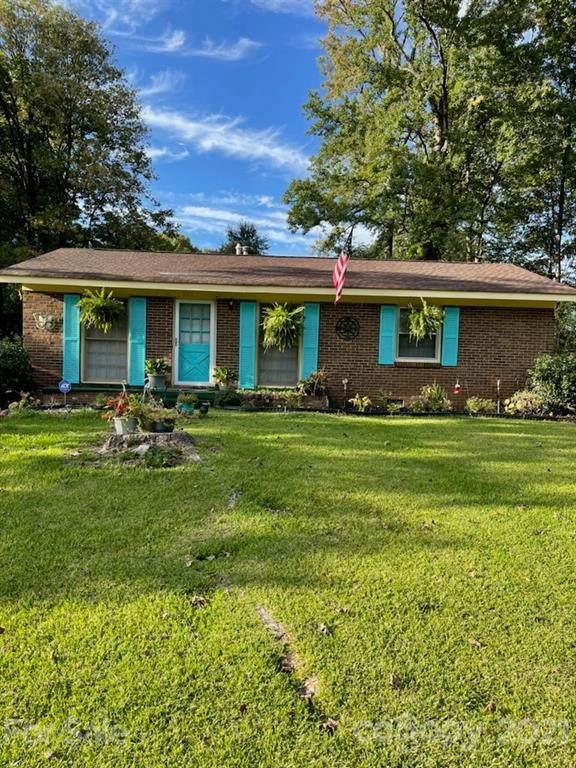 927 Carrington Drive, Charlotte, NC 28214 (#3771778) :: MOVE Asheville Realty
