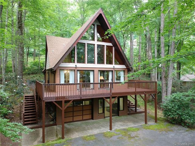 685 Locust Drive, Maggie Valley, NC 28751 (#NCM590763) :: Carlyle Properties
