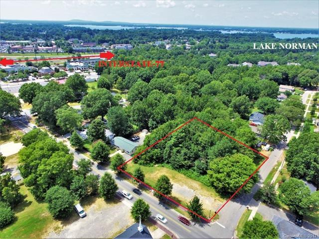 20735 Catawba Avenue, Cornelius, NC 28031 (#3304034) :: The Sarver Group