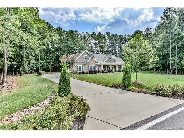 306 Kemp Road, Mooresville, NC 28117 (#3307878) :: The Temple Team