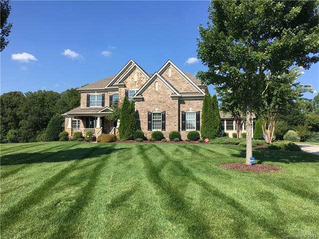 6000 Autumn Blossom Lane, Waxhaw, NC 28173 (#3312284) :: The Ann Rudd Group