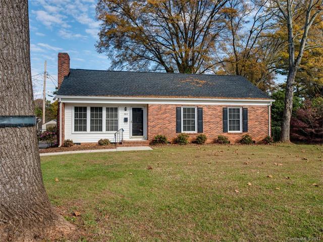 3813 Moultrie Street, Charlotte, NC 28209 (#3324443) :: Pridemore Properties