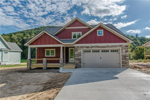 163 Mcdowell Road #2, Mills River, NC 28759 (#3349491) :: Puffer Properties