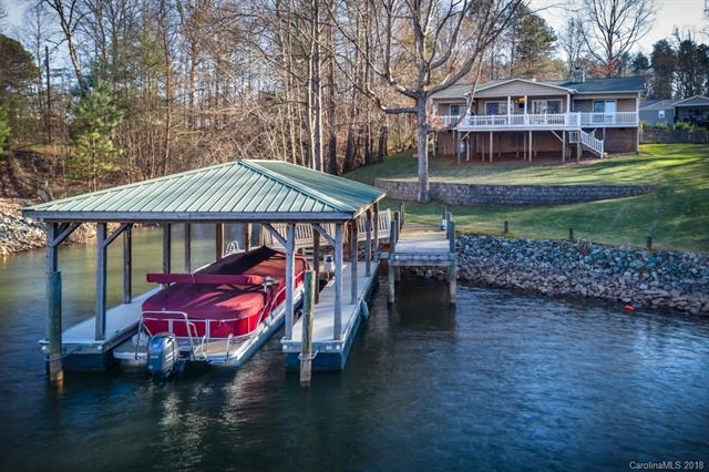 8000 Barkley Road, Sherrills Ford, NC 28673 (#3349714) :: High Performance Real Estate Advisors