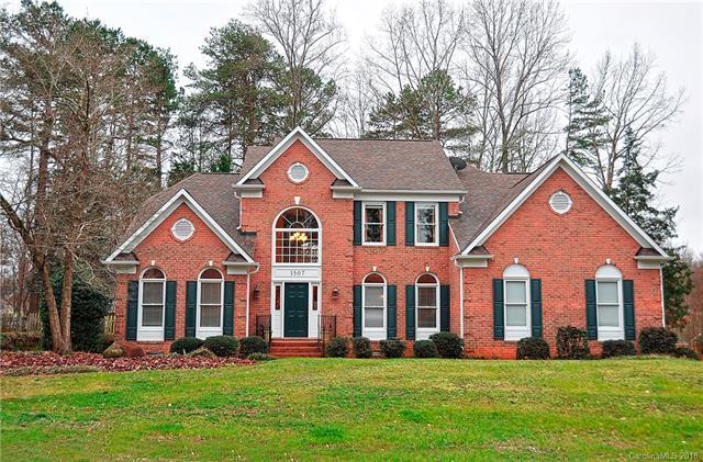 1507 Reverdy Oaks Drive, Matthews, NC 28105 (#3353150) :: The Ramsey Group