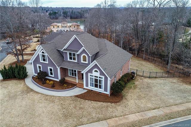 9902 River Walk Way, Charlotte, NC 28214 (#3358706) :: LePage Johnson Realty Group, LLC