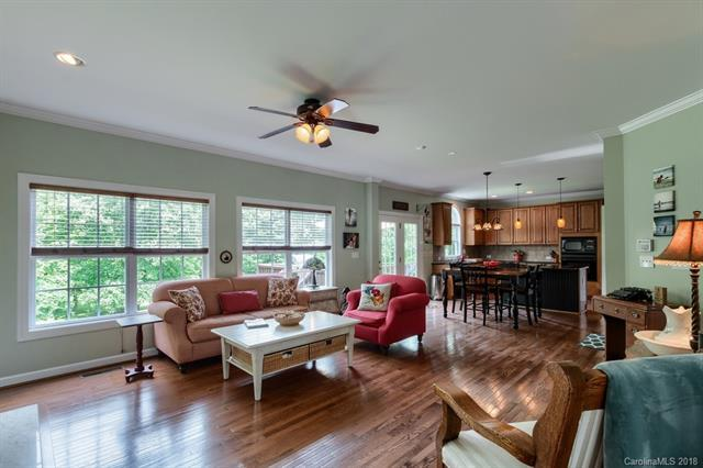 5802 Checkerberry Lane, Huntersville, NC 28078 (#3389785) :: Odell Realty Group