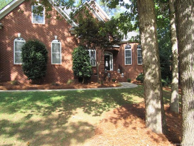711 Mayfield Court, Fort Mill, SC 29715 (#3394679) :: Rowena Patton's All-Star Powerhouse