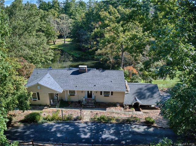 259 S Lakewood Circle, Hendersonville, NC 28739 (#3397685) :: Puffer Properties