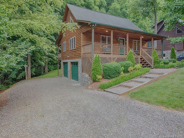 185 Cripple Creek Drive, Waynesville, NC 28785 (#3412485) :: Zanthia Hastings Team
