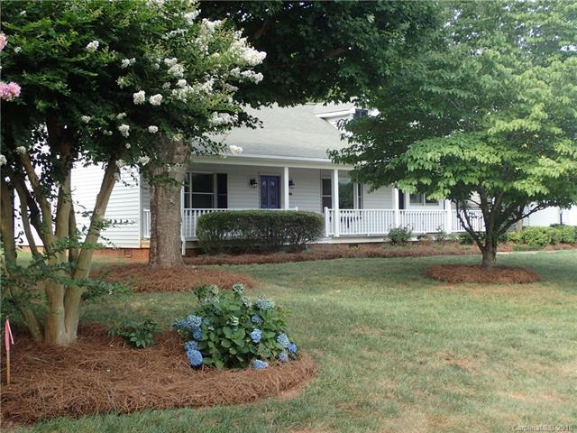 567 Canvasback Road, Mooresville, NC 28117 (#3414338) :: RE/MAX Four Seasons Realty