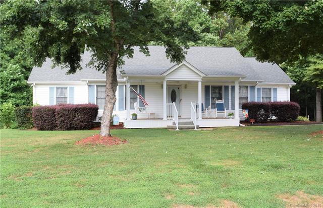 1525 Pine Creek Road, Gastonia, NC 28056 (#3415708) :: LePage Johnson Realty Group, LLC