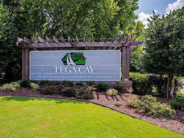 5102 Windward Drive #102, Tega Cay, SC 29708 (#3418569) :: Stephen Cooley Real Estate Group