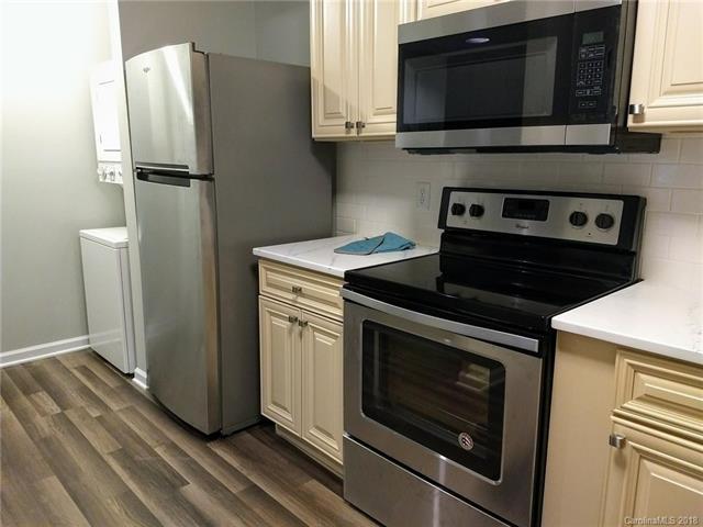 1051 Churchill Downs Court E, Charlotte, NC 28211 (#3420283) :: High Performance Real Estate Advisors