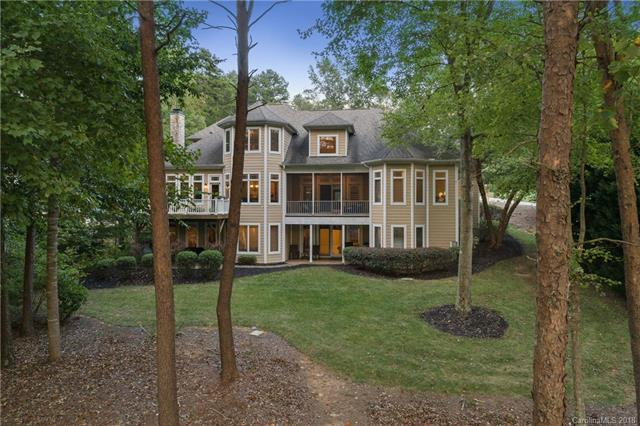 8916 Warwicke Lane, Sherrills Ford, NC 28673 (#3437935) :: Homes Charlotte