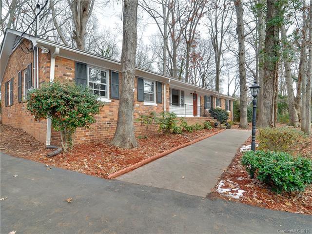 7116 Lakeside Drive, Charlotte, NC 28215 (#3458134) :: Mossy Oak Properties Land and Luxury