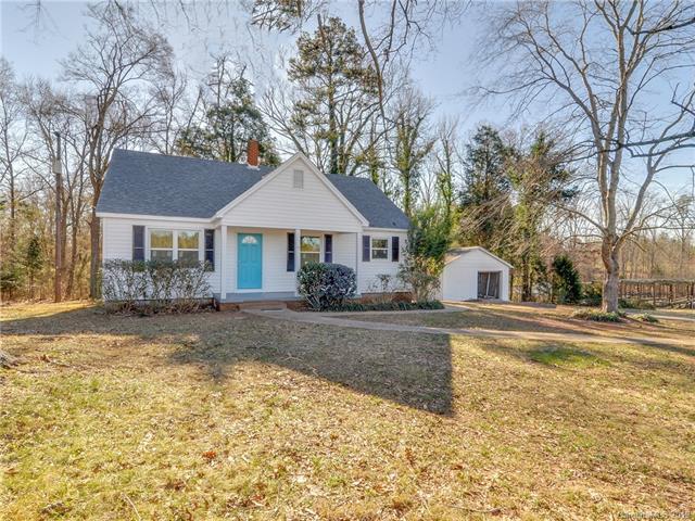 1221 Nc 24 W Highway, Midland, NC 28107 (#3464790) :: Homes Charlotte