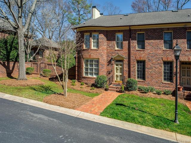 4409 Columbine Court, Charlotte, NC 28226 (#3472717) :: Exit Mountain Realty