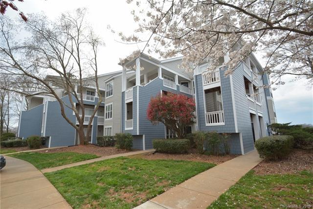 913 Southwest Drive #13, Davidson, NC 28036 (#3486582) :: Scarlett Real Estate