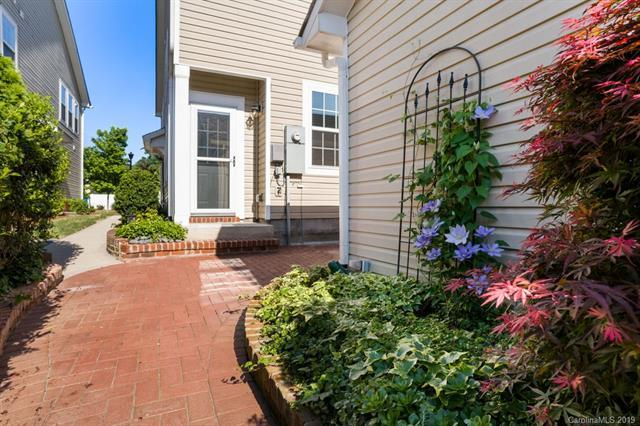 18315 The Commons Boulevard, Cornelius, NC 28031 (#3494243) :: Odell Realty