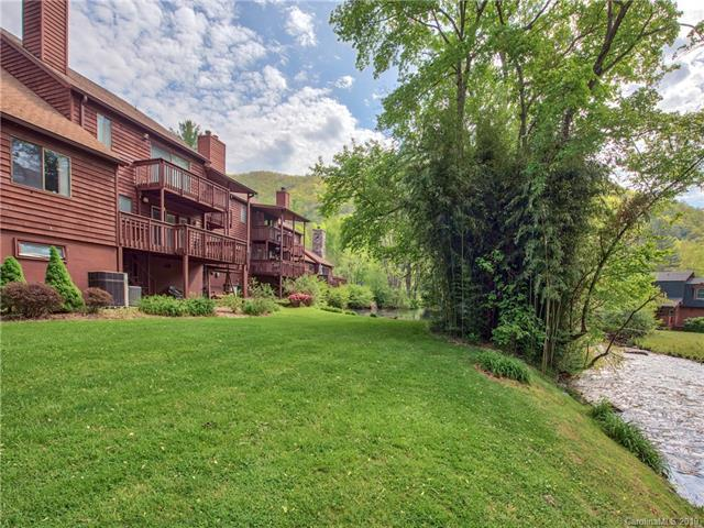 30 Meadows Lane, Maggie Valley, NC 28751 (#3499178) :: LePage Johnson Realty Group, LLC