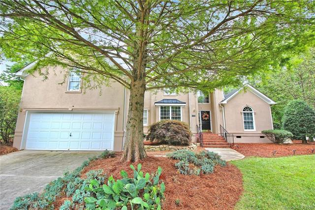 4617 Esherwood Lane, Charlotte, NC 28270 (#3513315) :: Scarlett Real Estate