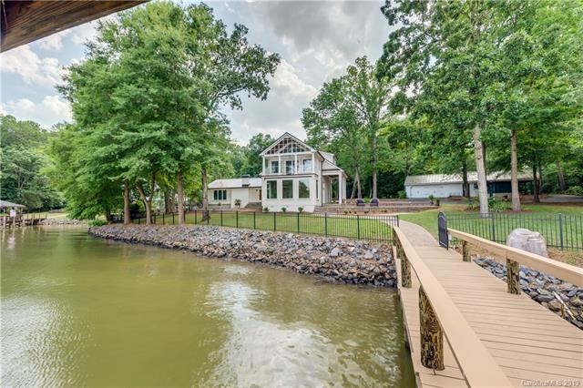 499 Bonum Road, Lake Wylie, SC 29710 (#3513661) :: Miller Realty Group