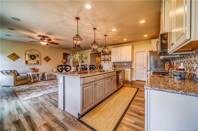180 Welcombe Street, Mooresville, NC 28115 (#3516525) :: Mossy Oak Properties Land and Luxury