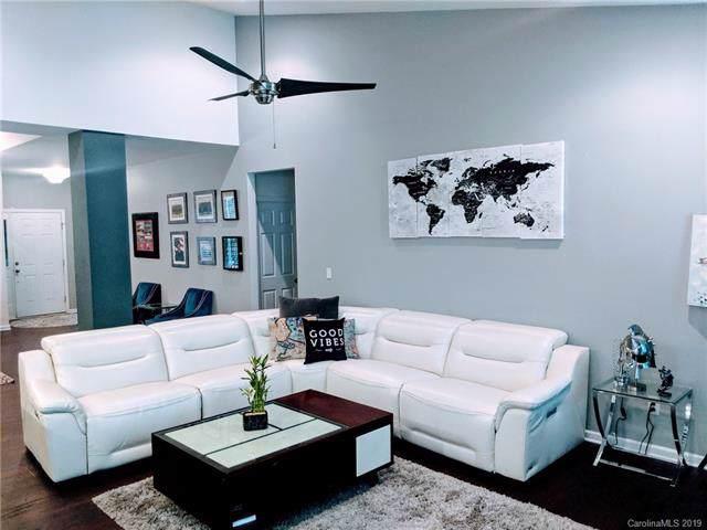 6109 Robert Street, Huntersville, NC 28078 (#3532385) :: LePage Johnson Realty Group, LLC