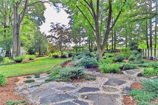 710 Lansdowne Road, Charlotte, NC 28270 (#3544385) :: Stephen Cooley Real Estate Group