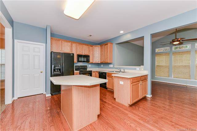 2009 Rosewater Lane, Indian Trail, NC 28079 (#3564091) :: Stephen Cooley Real Estate Group