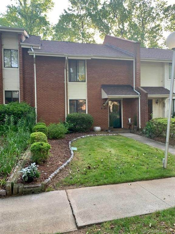 8465 Ramath Drive, Charlotte, NC 28211 (#3614032) :: Stephen Cooley Real Estate Group