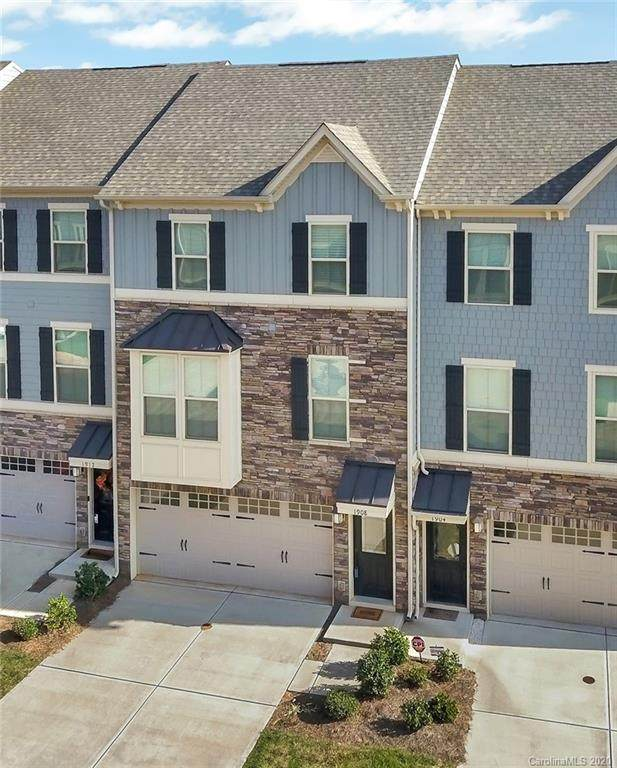 1908 Catkin Lane, Charlotte, NC 28205 (#3671704) :: Homes with Keeley | RE/MAX Executive
