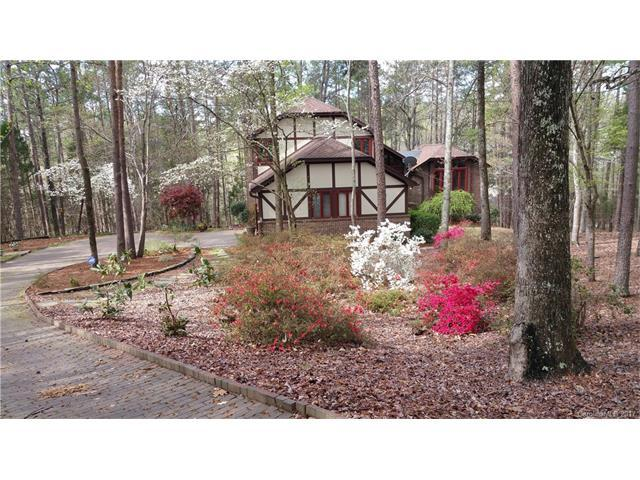114 Forest Cliff Court NE, Concord, NC 28025 (#3264393) :: The Sarver Group