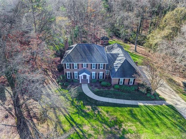 4830 Broad Hollow Drive, Charlotte, NC 28226 (#3345648) :: LePage Johnson Realty Group, LLC