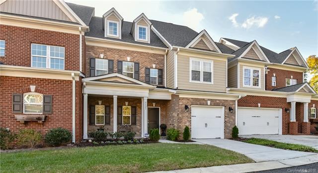 5121 Pansley Drive, Charlotte, NC 28226 (#3449970) :: MartinGroup Properties