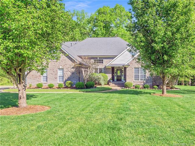 5310 Wolcott Court, Waxhaw, NC 28173 (#3462201) :: Team Honeycutt